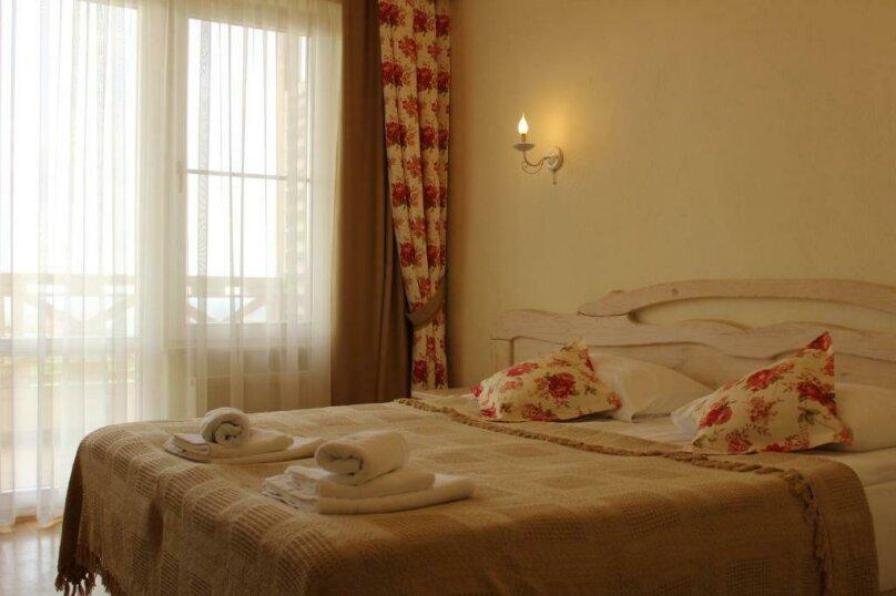 Улучшенный двухместный номер с 1 кроватью или 2 отдельными кроватями и террас, Черноморская улица, 1, Анапа - Фотография 3