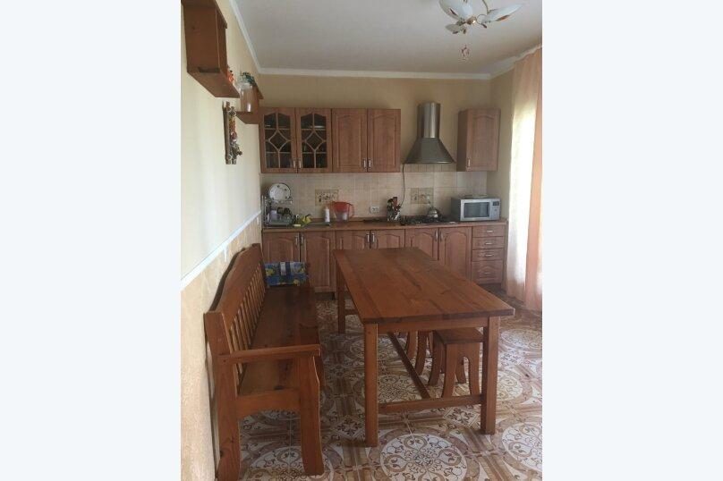 Этаж дома, состоящий из 3-х номеров, кухни и санузла, Жуковского, 49, Коктебель - Фотография 11