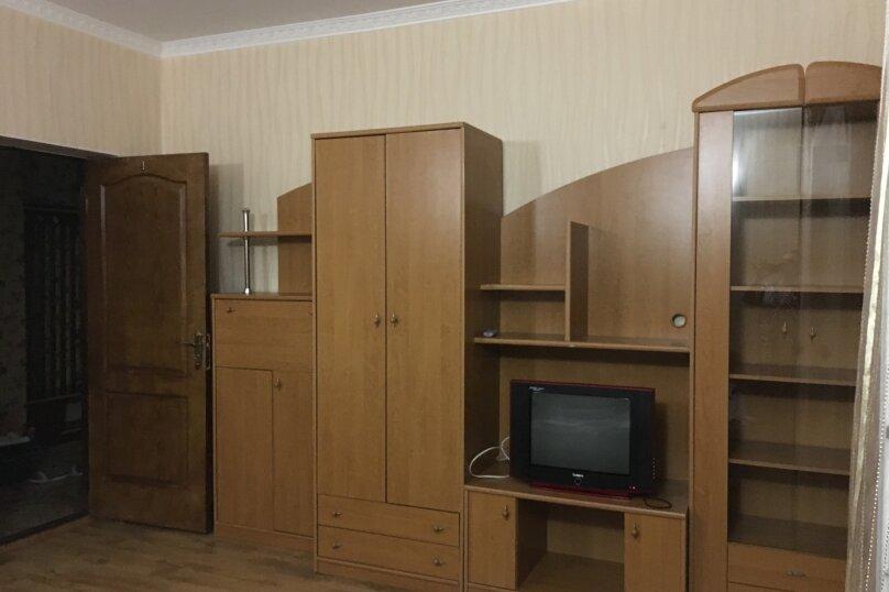 Этаж дома, состоящий из 3-х номеров, кухни и санузла, Жуковского, 49, Коктебель - Фотография 14