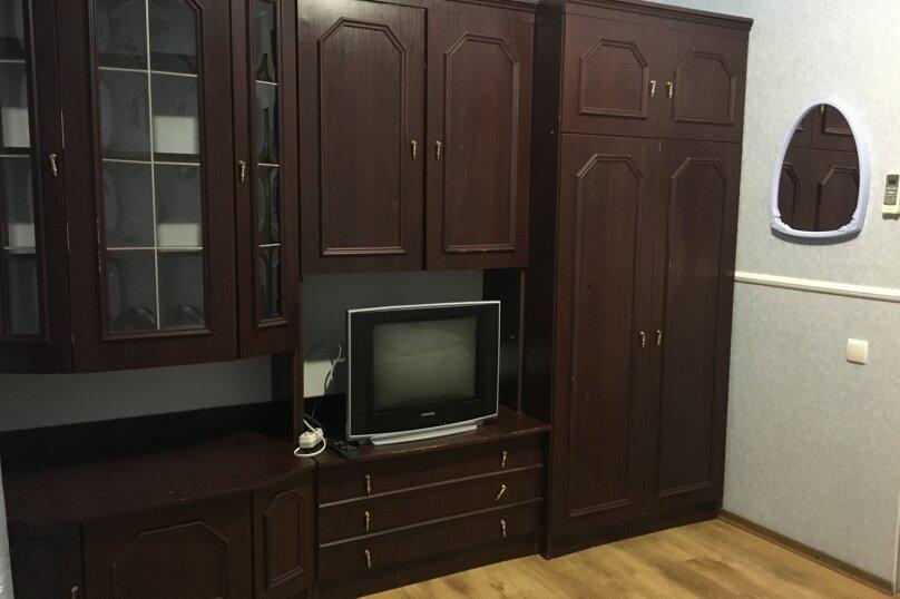 Этаж дома, состоящий из 3-х номеров, кухни и санузла, Жуковского, 49, Коктебель - Фотография 17