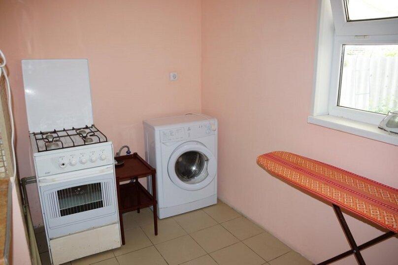 """Гостевой дом """"Аминушка"""", Таманская улица, 326 на 8 комнат - Фотография 4"""