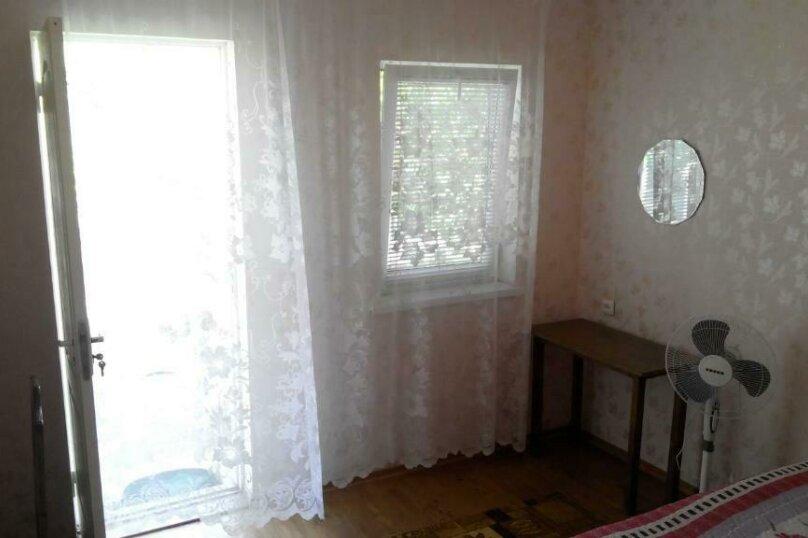 """Гостевой дом """"Уютный дворик"""", улица 70 лет Октября, 2 на 10 комнат - Фотография 36"""