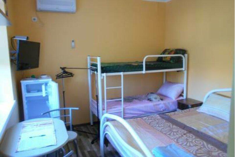Стандарт№3 (второй этаж), улица Кропоткина, 47, Ейск - Фотография 1