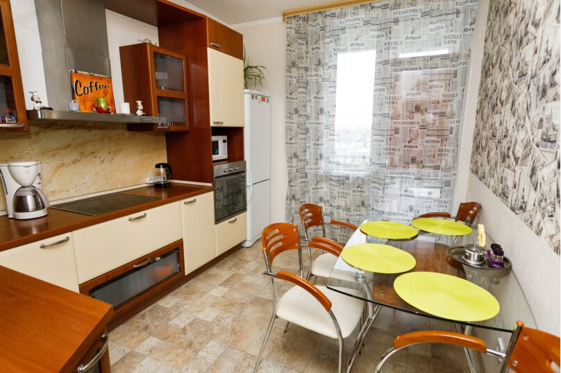 2-комн. квартира, 68 кв.м. на 5 человек, улица Белинского, 41, Екатеринбург - Фотография 3