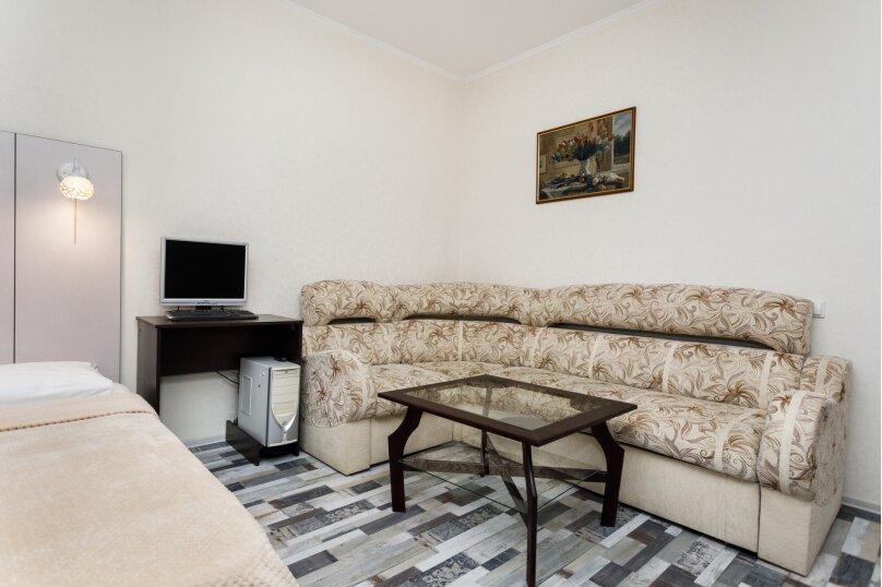 2-комн. квартира, 68 кв.м. на 5 человек, улица Белинского, 41, Екатеринбург - Фотография 9
