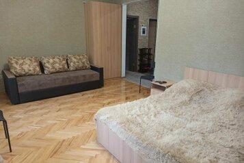 3-комн. квартира, 70 кв.м. на 8 человек, Ленина , 1б, Железноводск - Фотография 1