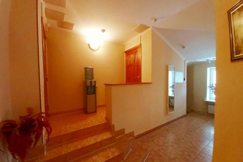 Гостиница 1041679, улица Жуковского, 4 на 23 номера - Фотография 2