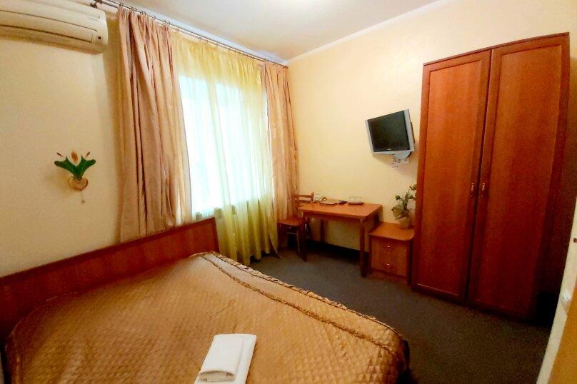 Гостиница 1041679, улица Жуковского, 4 на 23 номера - Фотография 6