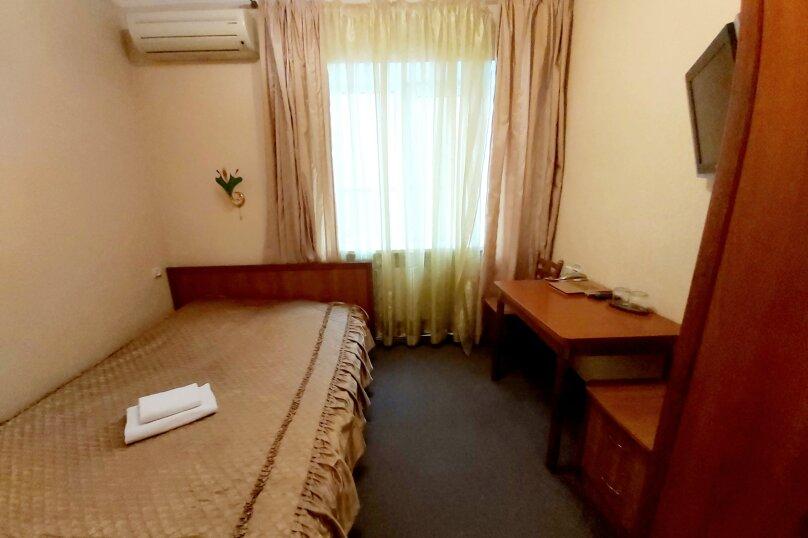 Гостиница 1041679, улица Жуковского, 4 на 23 номера - Фотография 7