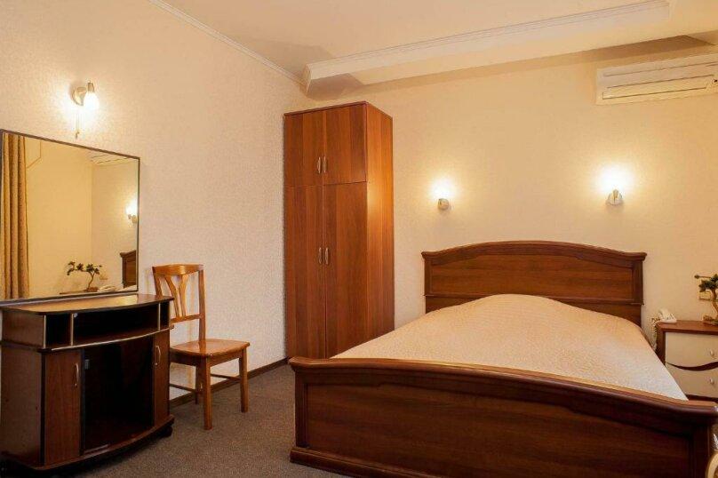 Гостиница 1041679, улица Жуковского, 4 на 23 номера - Фотография 45