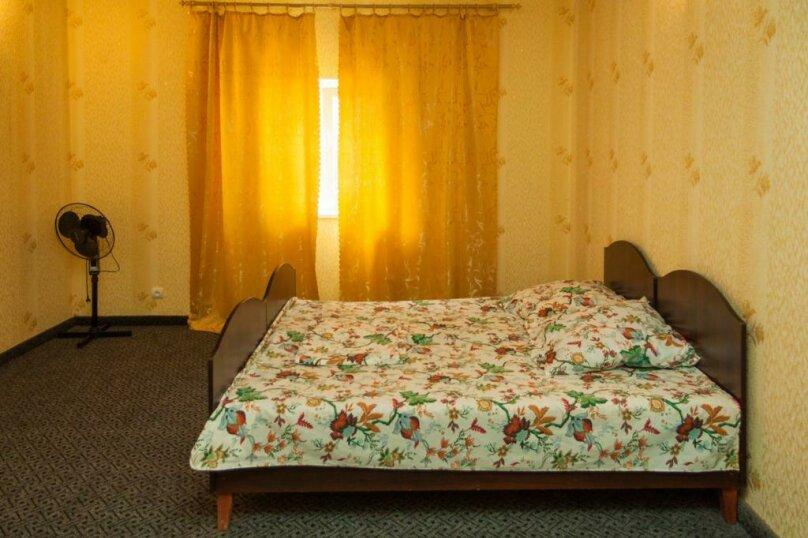 """Гостевой дом """"Прибой"""", Парниковая, 2 на 7 комнат - Фотография 25"""