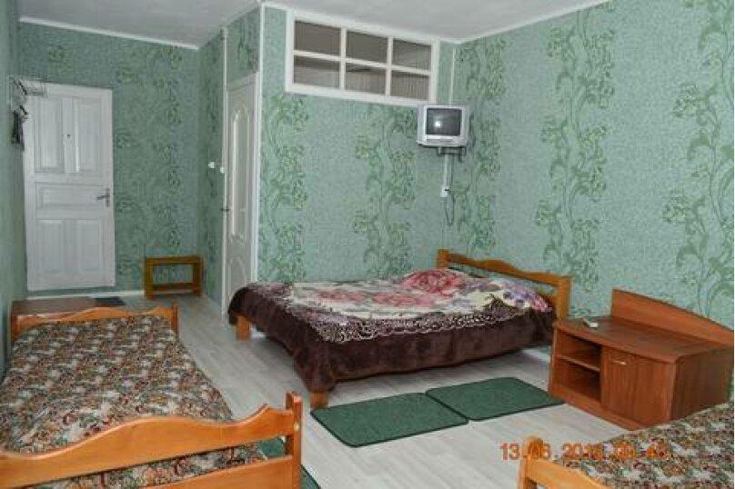 Стандарт 4-х местный с террасой №3, ул. Рыбацкий переулок, ЛГК-2, 41, Лазаревское - Фотография 1