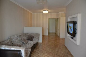 2-комн. квартира, 60 кв.м. на 5 человек, переулок Богдана Хмельницкого, 8, Адлер - Фотография 1