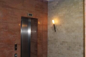 2-комн. квартира, 65 кв.м. на 4 человека, Алупкинское шоссе, 12В, Курпаты, Ялта - Фотография 1