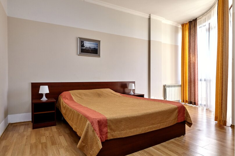 Улучшенный двухместный номер с 1 кроватью, Парковая улица, 8, Геленджик - Фотография 10