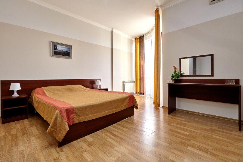 Улучшенный двухместный номер с 1 кроватью, Парковая улица, 8, Геленджик - Фотография 11