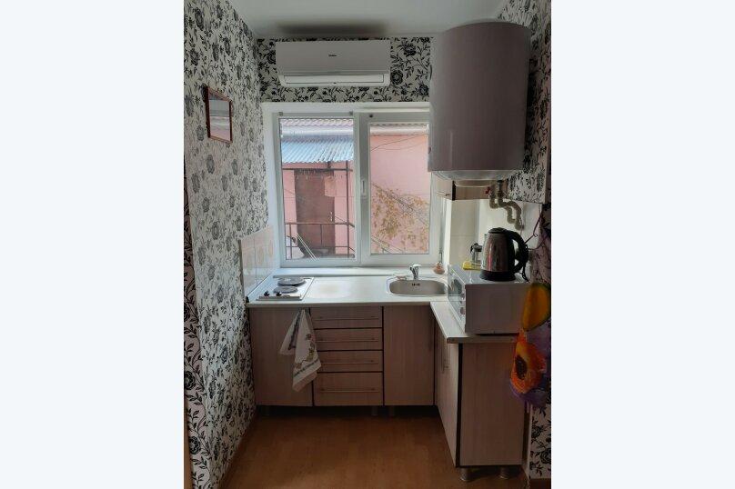 """Гостевой дом """"Розовый Пинк Хаус"""", Красномаякская улица, 6 на 2 комнаты - Фотография 2"""