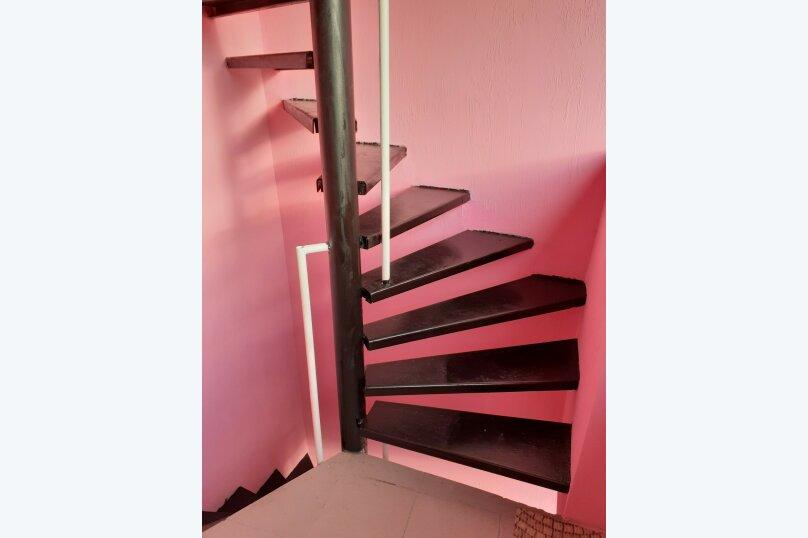 """Гостевой дом """"Розовый Пинк Хаус"""", Красномаякская улица, 6 на 2 комнаты - Фотография 7"""