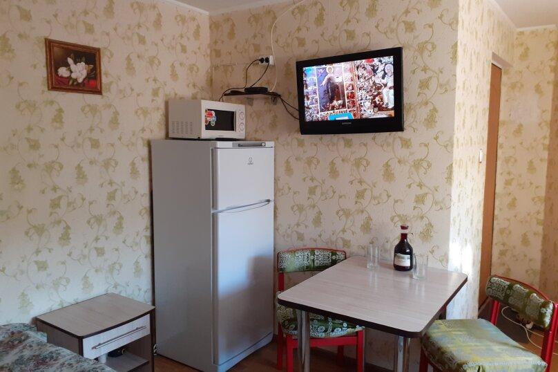 """Гостевой дом """"Розовый Пинк Хаус"""", Красномаякская улица, 6 на 2 комнаты - Фотография 13"""