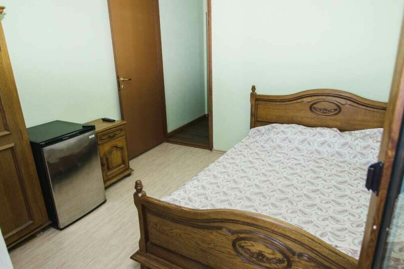 Двухместный номер с 1 кроватью, Гагариной , 25/81, Утес - Фотография 3