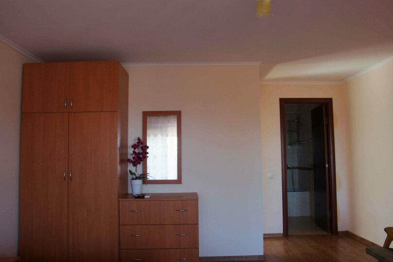 Номер на втором этаже, улица Космонавтов, 28Б, Форос - Фотография 4