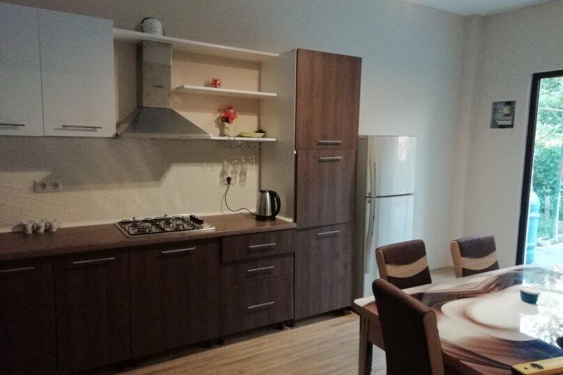 Дом, 150 кв.м. на 10 человек, 3 спальни, Кавтарадзе, 83, Батуми - Фотография 6