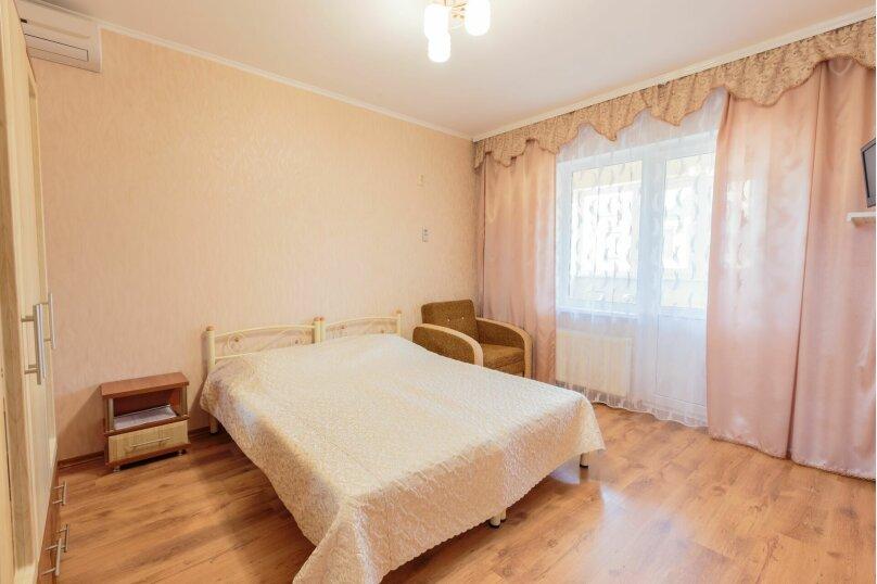 Трехместный  с балконом, Насыпная, 8Ж, Феодосия - Фотография 1