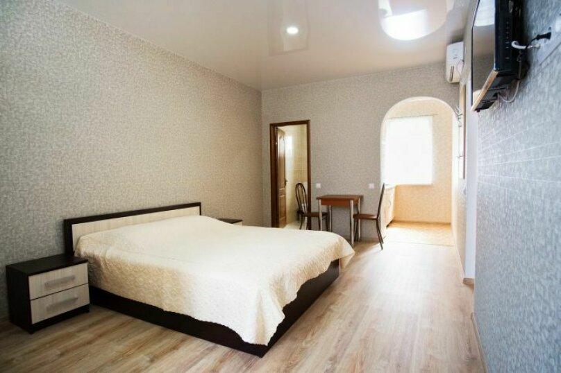 Комната с одной двухспальной кроватью , Насыпная, 8Ж, Феодосия - Фотография 2
