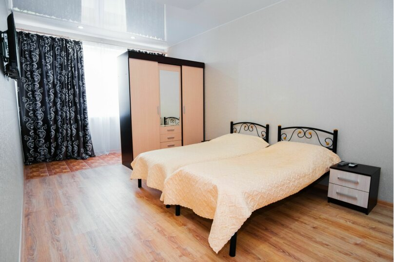 Комната с двумя раздельными кроватями, Насыпная, 8Ж, Феодосия - Фотография 1