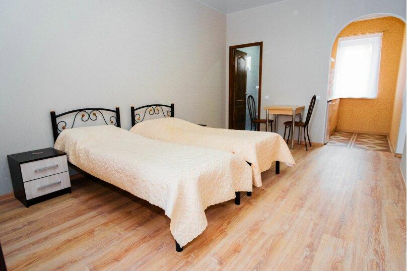 Комната с двумя раздельными кроватями, Насыпная, 8Ж, Феодосия - Фотография 2