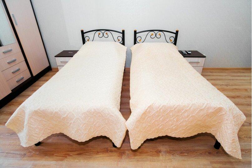 Комната с двумя раздельными кроватями, Насыпная, 8Ж, Феодосия - Фотография 3