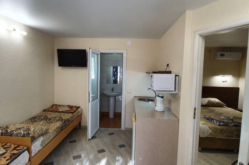 Отдельная комната, Черноморское шоссе, 31, Межводное - Фотография 1