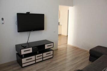 2-комн. квартира, 53 кв.м. на 4 человека, Парковая улица, 14к1, Севастополь - Фотография 1