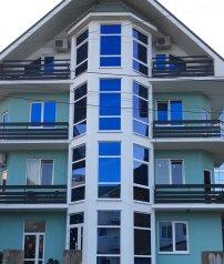 """Гостевой дом """"Пятиэтажка"""", Старонасыпная улица, 30 на 6 комнат - Фотография 1"""