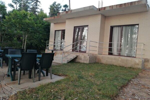 Дом, 150 кв.м. на 10 человек, 3 спальни