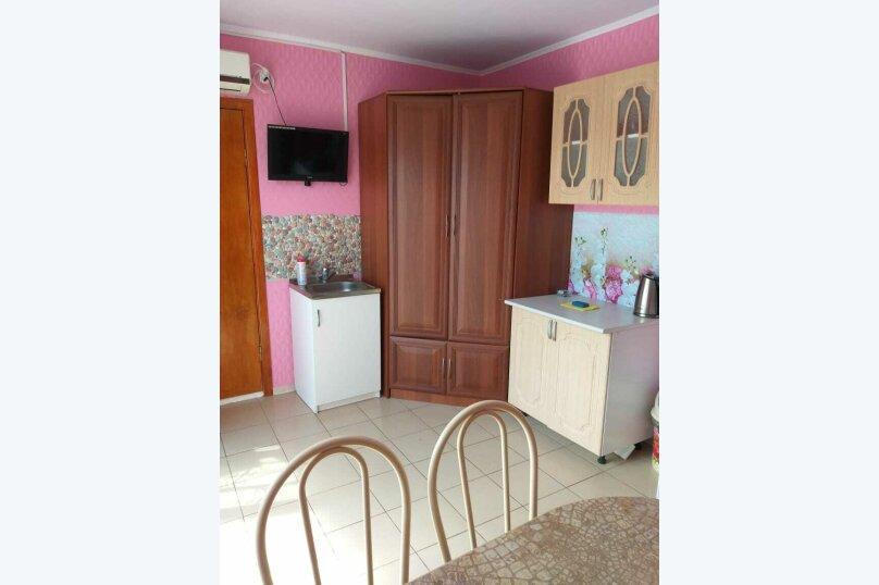 """Гостевой дом """"На Морской 56"""", Морская улица, 56 на 5 комнат - Фотография 42"""