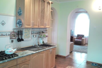 1-комн. квартира, 80 кв.м. на 6 человек, улица Шиллера, 5, Калининград - Фотография 1
