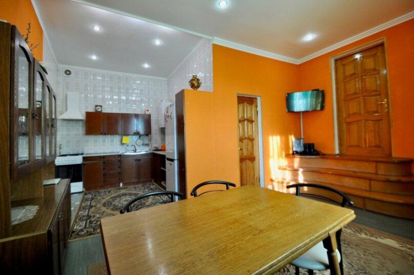 Отдельно стоящий домик с закрытой территорией, 110 кв.м. на 10 человек, 3 спальни, улица Дмитриева, 16А, Ялта - Фотография 31
