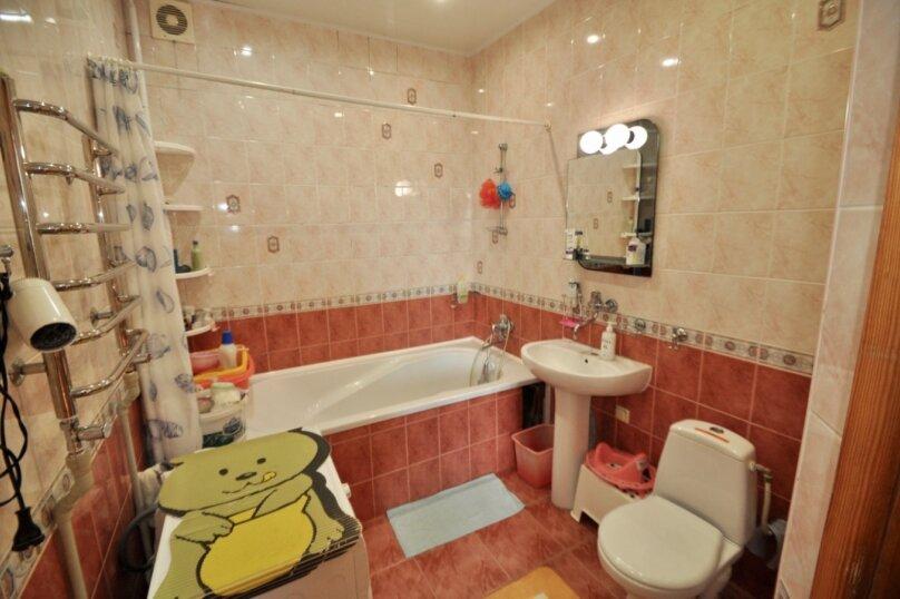 Отдельно стоящий домик с закрытой территорией, 110 кв.м. на 10 человек, 3 спальни, улица Дмитриева, 16А, Ялта - Фотография 32