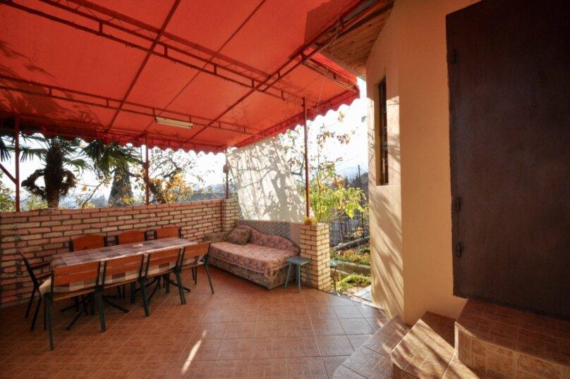 Отдельно стоящий домик с закрытой территорией, 110 кв.м. на 10 человек, 3 спальни, улица Дмитриева, 16А, Ялта - Фотография 33