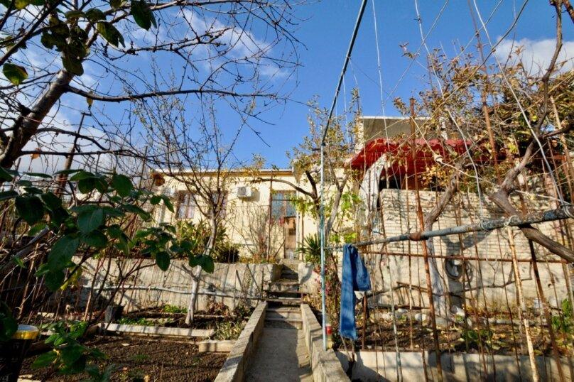 Отдельно стоящий домик с закрытой территорией, 110 кв.м. на 10 человек, 3 спальни, улица Дмитриева, 16А, Ялта - Фотография 35