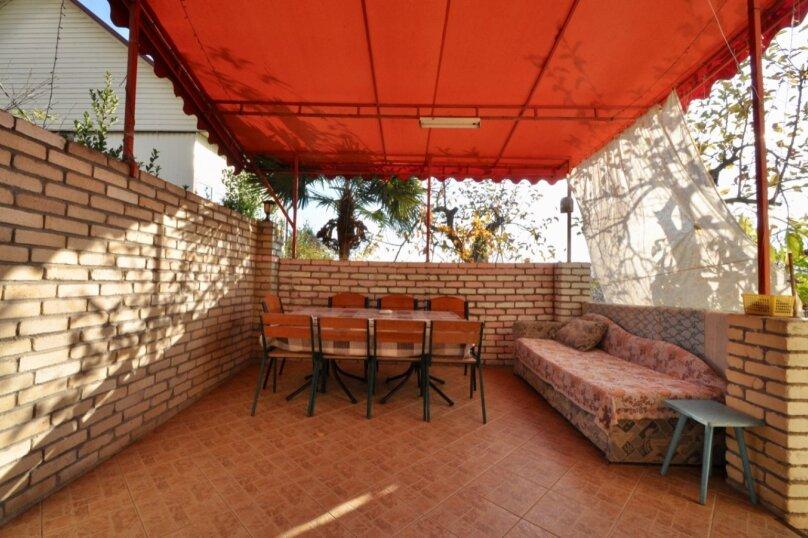 Отдельно стоящий домик с закрытой территорией, 110 кв.м. на 10 человек, 3 спальни, улица Дмитриева, 16А, Ялта - Фотография 37