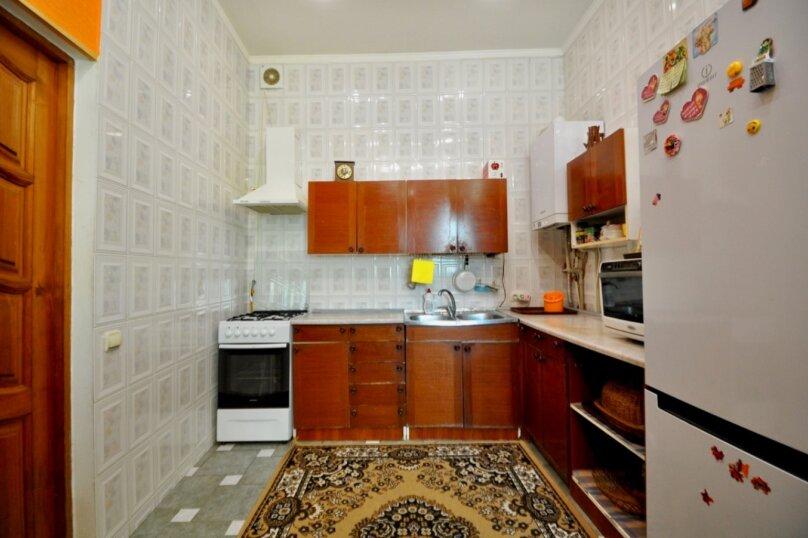 Отдельно стоящий домик с закрытой территорией, 110 кв.м. на 10 человек, 3 спальни, улица Дмитриева, 16А, Ялта - Фотография 38