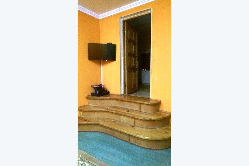 Отдельно стоящий домик с закрытой территорией, 110 кв.м. на 10 человек, 3 спальни, улица Дмитриева, 16А, Ялта - Фотография 40