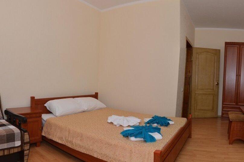 Гостевой дом «Вера», Солнечная улица, 3 на 45 комнат - Фотография 48