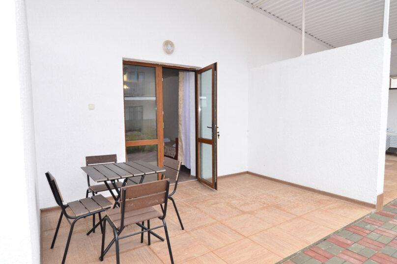 Гостевой дом «Вера», Солнечная улица, 3 на 45 комнат - Фотография 60