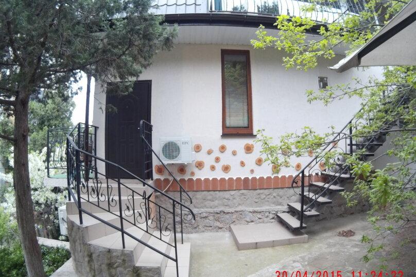 """""""2х-комнатный"""" №7, Красномаякская улица, 8А, Симеиз - Фотография 8"""