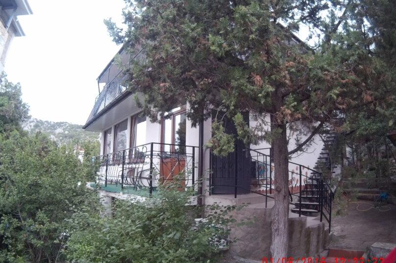 """""""2х-комнатный"""" №7, Красномаякская улица, 8А, Симеиз - Фотография 9"""