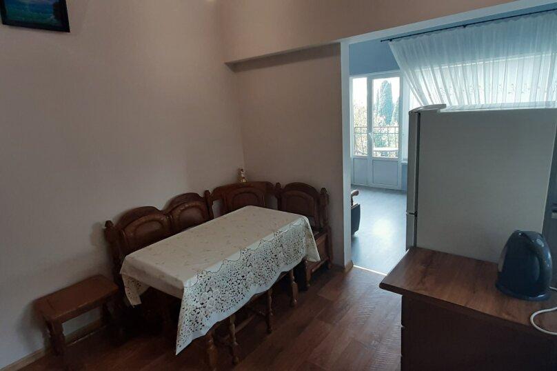 """""""1-комнатный с кухней"""" №4, Красномаякская улица, 8А, Симеиз - Фотография 4"""