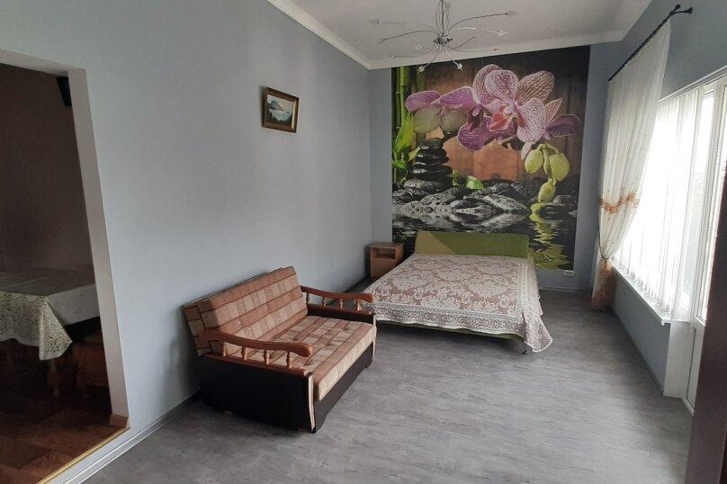 """""""1-комнатный с кухней"""" №4, Красномаякская улица, 8А, Симеиз - Фотография 8"""